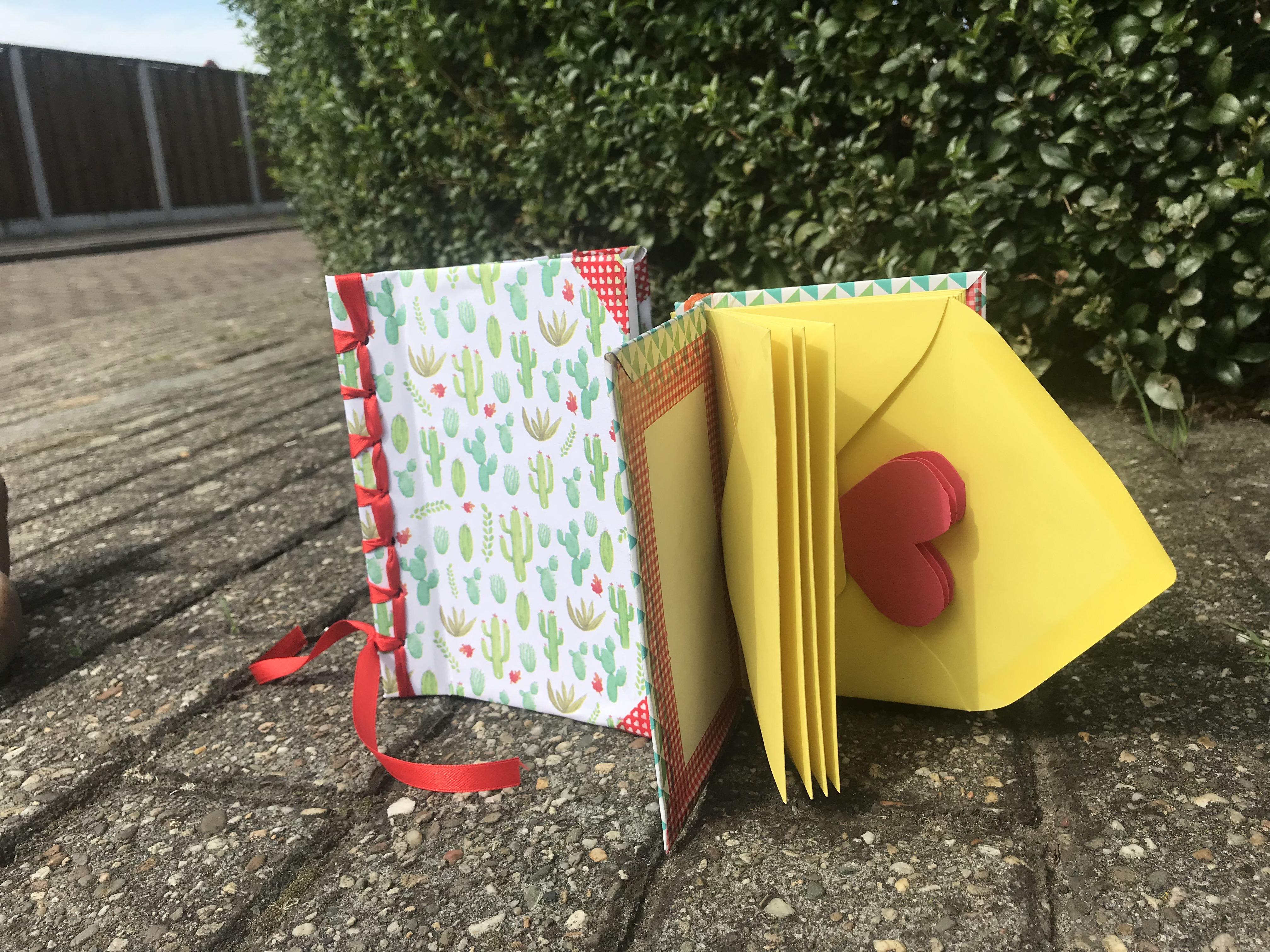 vriendenboekje maken thuis knutselen